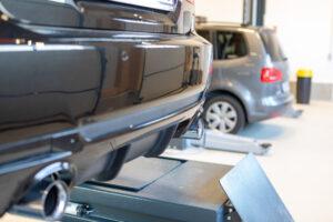 Abgasanlage Einbau im Selbstschraubereck Hallbergmoos
