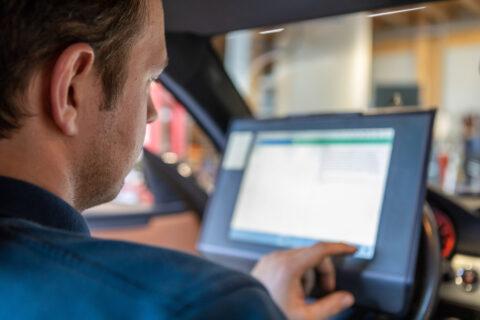 Fehlerspeicher auslesen für Autoreparatur in Hallbergmoos - Diagnose im KFZ