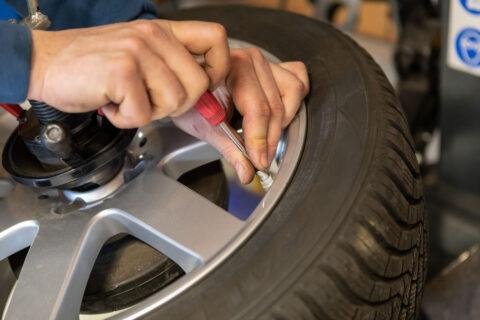 Reifenreparatur Reifendruck Ventil Reifen Hallbergmoos