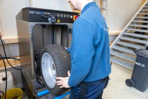 Reifenwäsche Radwäsche maschinell und gründlich Reifenservice Hallbergmoos